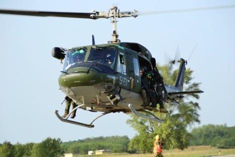 8.HH212 in decollo per una missione di PR