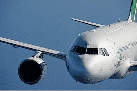 Airbus A320 (foto repertorio Alitalia)