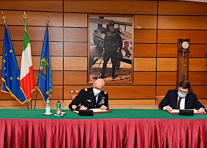 Spazio, Aeronautica Militare: siglati accordi di collaborazione nel campo del volo umano spaziale con CNR e Thales Alenia Space Italia