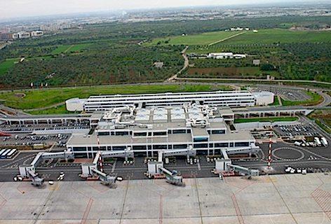 Aeroporto di Bari 472pxfoto Aerp. Puglia