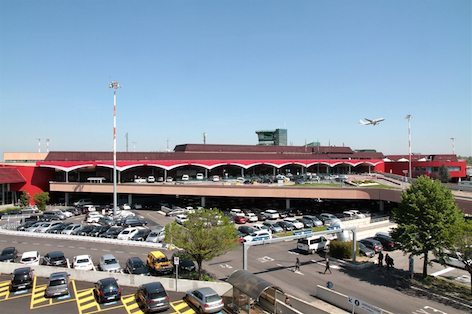"""Il terminal dell'aeroporto """"G. Marconi"""" di Bologna (foto Aerop. Marconi)"""