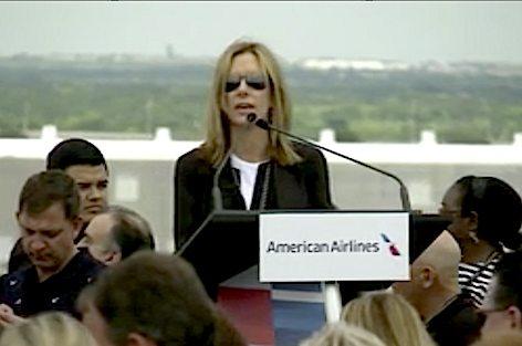 American Airlines demoliz