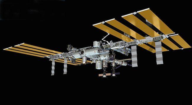 Boeing-ISS-Stazione-Spaziale-650x