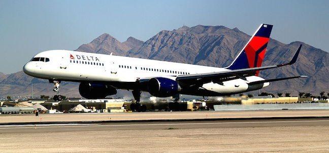 Boeing_757-200_Delta_Air_Lines foto Cubbie_Vegas