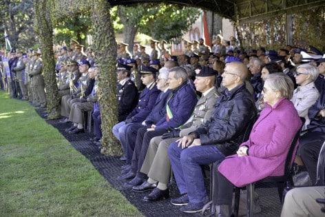 Palco delle autorità intervenute alla cerimonia