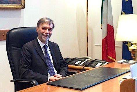 Il Ministro Graziano Delrio (foto Min. Infrastrutt. e Trasporti)