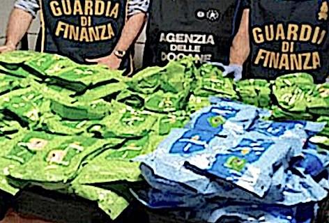 Aeroporti: attività dell'Agenzia delle Dogane in collaborazione con la Guardia di Finanza