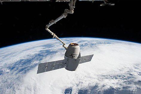 La capsula Dragon  SpaceX (foto Nasa.gov)