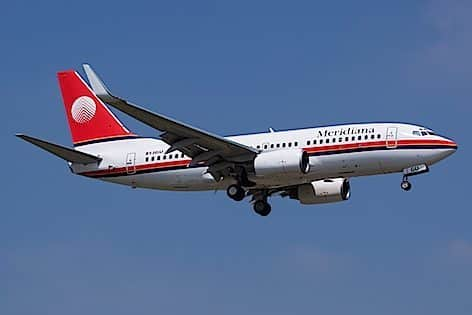 Meridiana Boeing_737-73V,_Meridiana_ foto Fabrizio Berni wikimedia commons