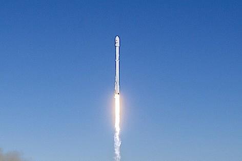Razzo spaceX 472