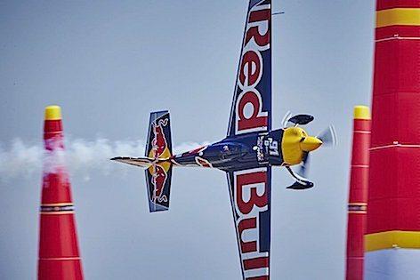 Red Bull Forth W. Tx Beseney FO-1JZSNPMWN1W11