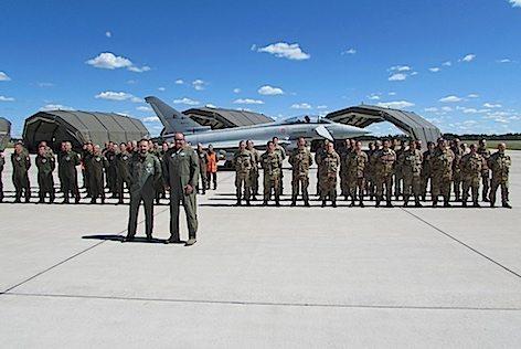 Ufficio Generale Per La Comunicazione Aeronautica Militare : Il personale della task force air italiana in lituania visita l