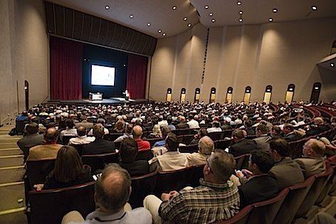 L'immagine della sala durante la conferenza della Textron Inc. (foto Textron)