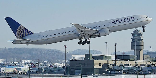 United_Airlines_Boeing_767-400ER;_650px Aero Icarus from Zurich, Switzerland