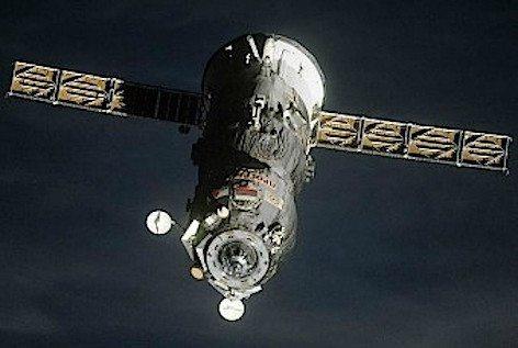 Il cargo russo Progress M-27M (foto ASI)