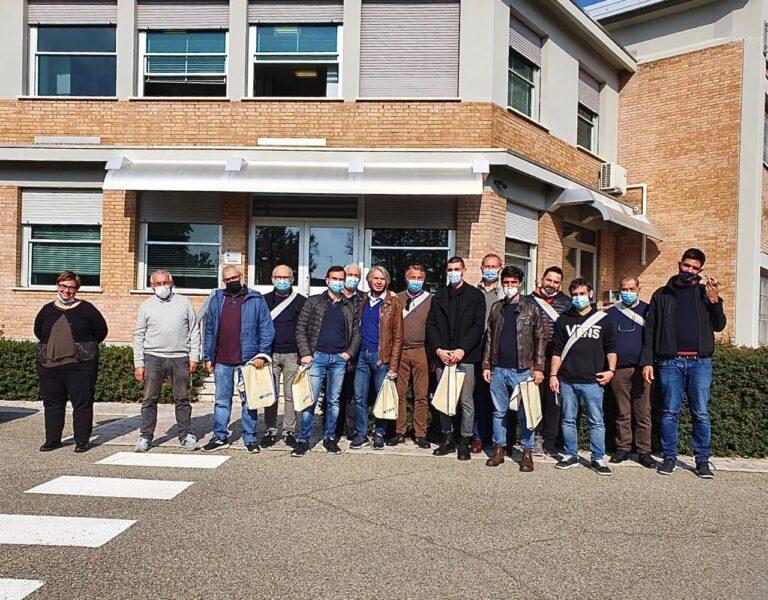 """Gli allievi delle Scuole di volo dell'Aero Club """"F.Baracca"""" di Lugo in visita alla Curti Aerospace SpA"""