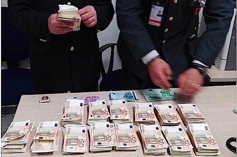 Aeroporti: attività dell'Agenzia delle Dogane in collaborazione con Guardia di Finanza e Carabinieri