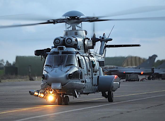 La Francia ordina otto elicotteri Airbus H225M e il secondo prototipo del drone VSR700