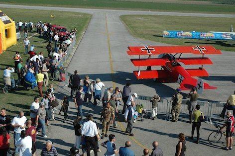 Immagine d'archivio all'aeroporto di Lugo
