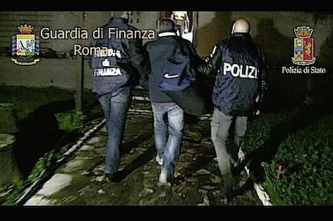gdf-e-polizia-arresto-per-droga