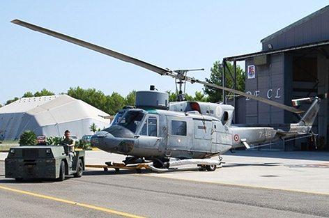 AB-212 ASW di base a MariStaer Grottaglie, Stazione Aeromobili della Marina (foto Toselli)