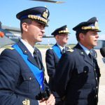 primo piano generale agresti mezzo generale squadra aerea maurizio lodovisi e generale comelli