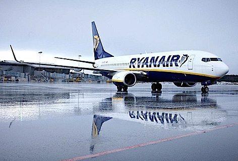 ryanair-aircraft-3